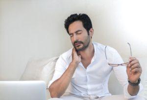 Dolore cervicale: può essere causa o conseguenza di problemi respiratori
